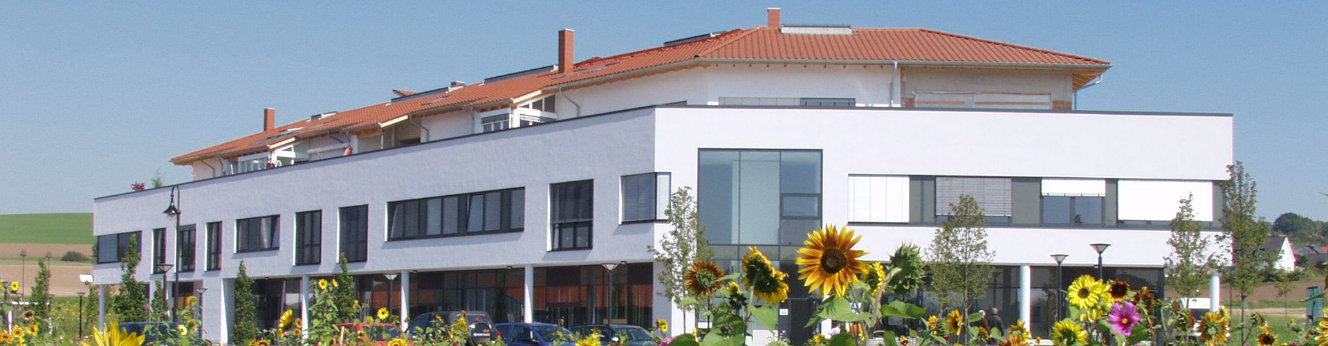 Außenansicht des Klinikgebäudes